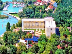 CLUB TIHANY Hotel & Bungalovy Tihany