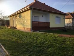 Rekreačný dom Horváth Kehidakustány
