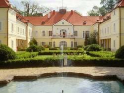 Szidónia Kastélyszálloda Röjtökmuzsaj