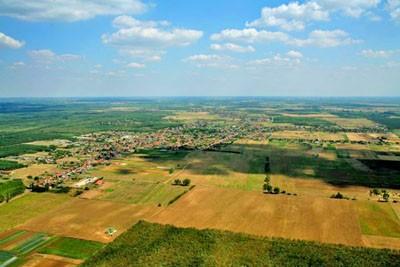 Inárcs - letecký pohľad