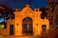 vstupní brána do zámku