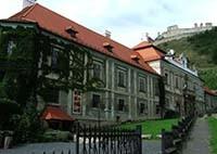 Biskupsky palac