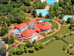 Aquapark Aquarius a kúpalisko Parkfürdő Nyíregyháza