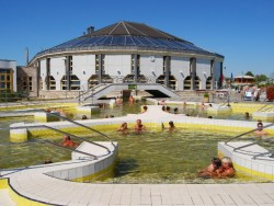 Tiszaújváros - Termálne kúpalisko a liečebné kúpele Tiszaújváros