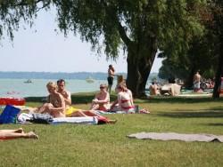 Siófok - Voľná pláž  Aranypart (Zlatý breh) Siófok