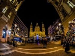 Predvianočná Budapešť, Budapešť